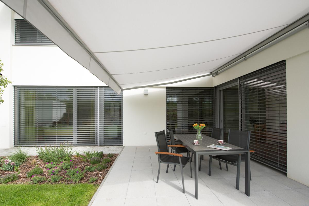 Interior fabric shading | VERTICAL BLINDS | Vertical blinds